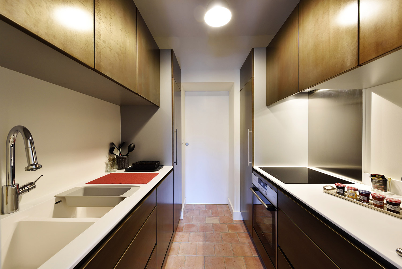 h bergement circuit du grand sambuc. Black Bedroom Furniture Sets. Home Design Ideas